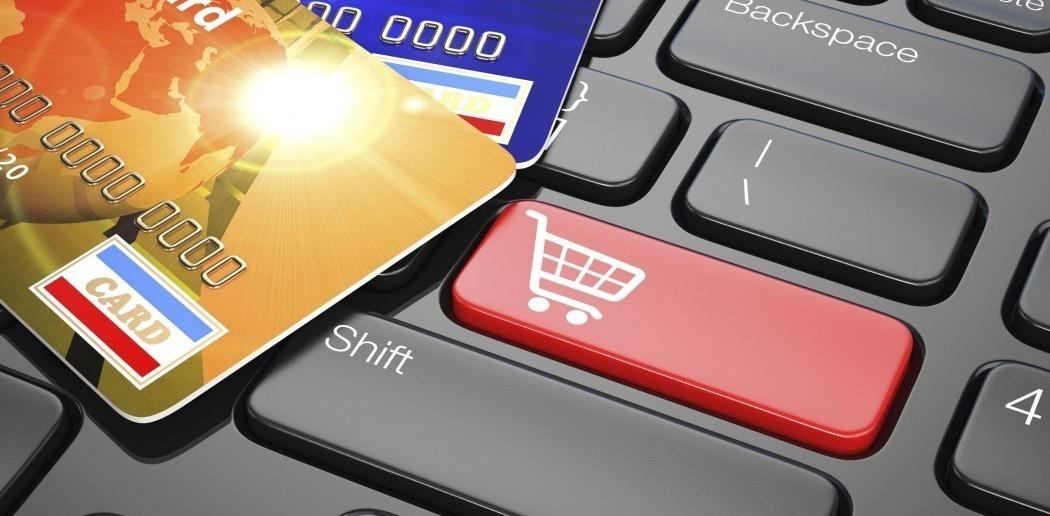 Mua sắm trả góp qua thẻ tín dụng lãi suất 0%