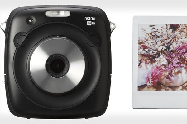 Máy ảnh lấy liền INSTAX SQUARE SQ10 - thành viên mới gia nhập gia đình Fujifilm