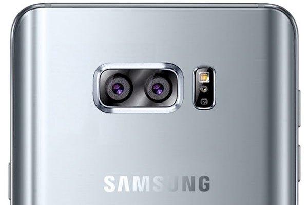 Không chỉ trang bị camera kép cho điện thoại cao cấp Note 8 mà Samsung còn tích hợp trên phân khúc tầm trung đối với dòng Galaxy A và C