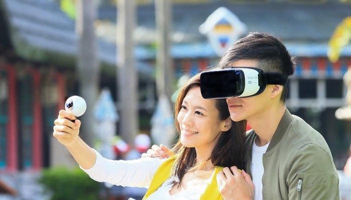Xem lại nội dung trên Gear 360 2017 bằng Gear VR, đúng là niềm vui nhân đôi đúng không nào?
