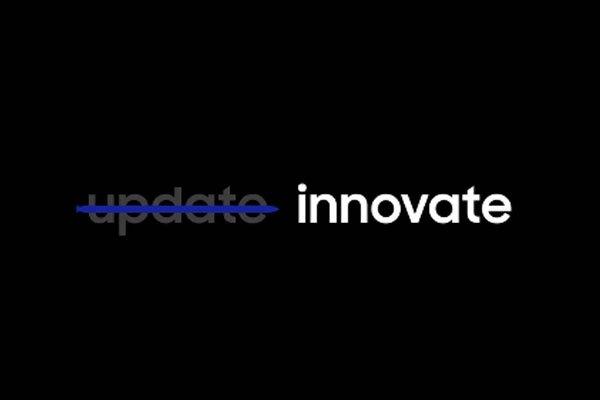 Thể hiện theo cách gạch bỏ những điều lạc hậu, tiến tới những cái mới mẻ của Samsung trên teaser điện thoại Galaxy Note 8 đã nhận được sự hưởng ứng của người hâm mộ