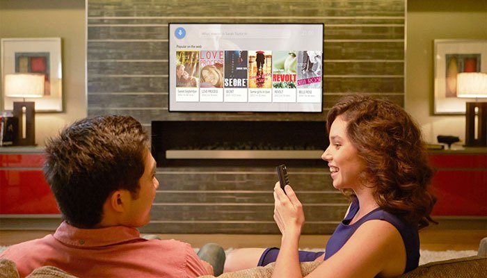 Khả năng tìm kiếm bằng giọng nói trên tivi Sony 4K HDR 2017 giúp bạn tiết kiệm thời gian tối ưu