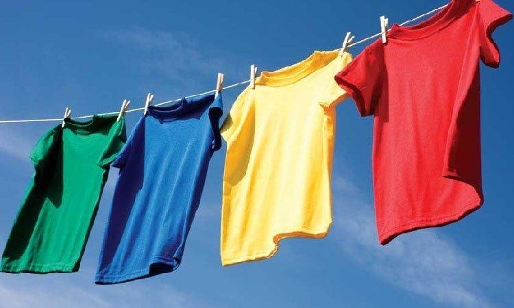 Máy giặt Aqua AQW-D900AT (S) phơi khô quần áo nhanh hơn