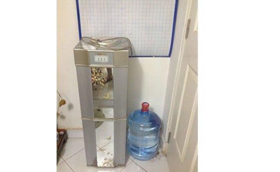 Máy làm nóng lạnh nước uống Alaska R80 thân thiện với môi trường