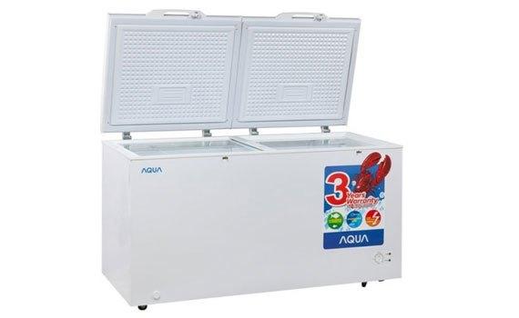 Tủ đông Aqua AQF-R320 có 2 ngăn, ngăn đông và ngăn mát tiện lợi