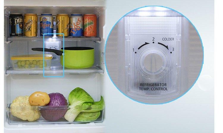 Tủ lạnh Panasonic NR-BJ158SSVN đèn LED bền bỉ , tiết kiệm điện