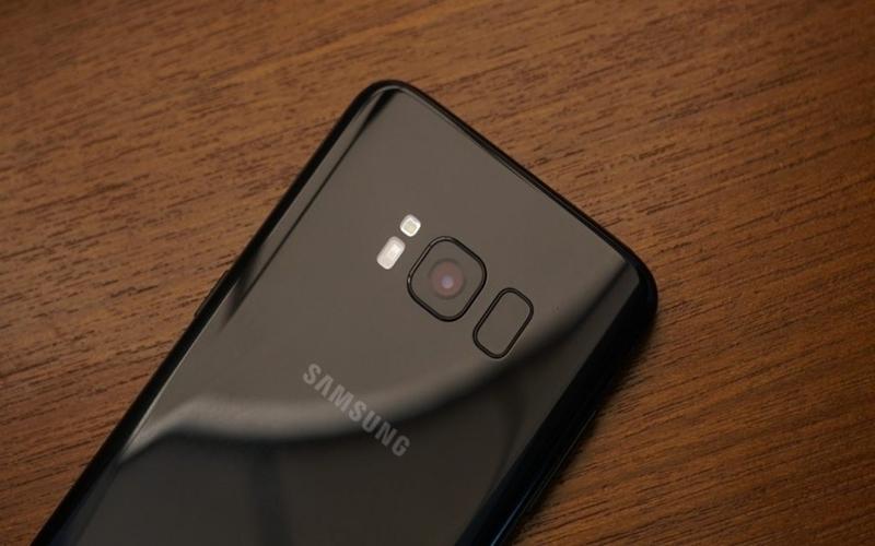 Samsung có thật là bỏ qua không phát triển cho camera
