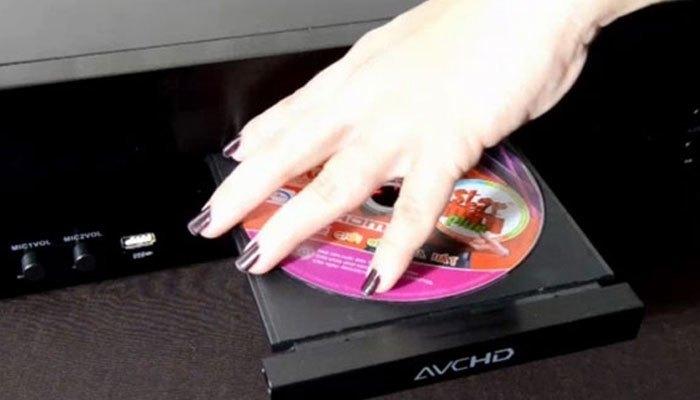 Hãy đảm bảo đĩa đã tương thích với đầu đĩa nhà bạn đang sử dụng