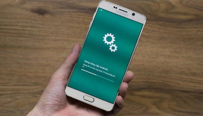 Phiên bản mới sẽ chữa lỗi và giúp điện thoại chạy nhanh hơn