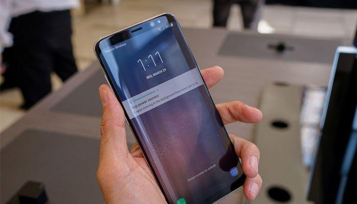 Tìm miếng dán màn hình phù hợp với điện thoại Galaxy S8 đôi khi không phải là chuyện dễ dàng