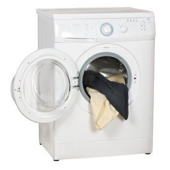Không mở cửa máy giặt khi đang hoạt động