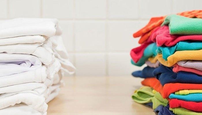 Bạn hãy chịu khó phân loại vải trước khi cho vào máy giặt để chọn chế độ cho phù hợp