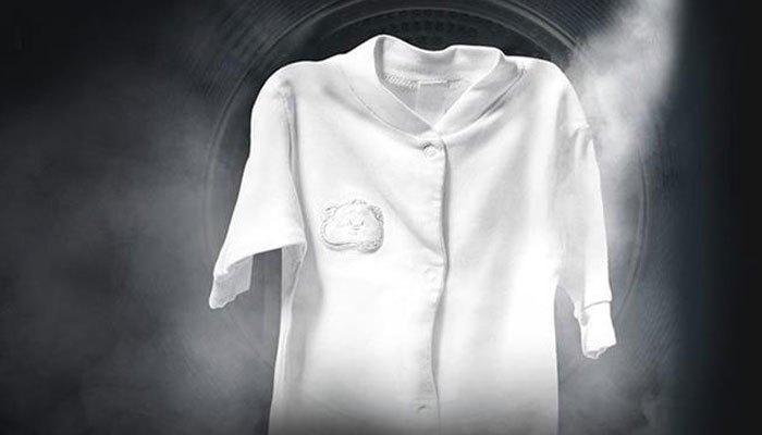 Dùng máy giặt có chế độ nước nóng giúp quần áo thơm và sạch hơn nhiều