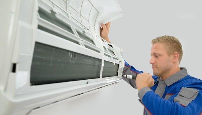 Người dùng nên thường xuyên vệ sinh, bảo dưỡng máy lạnh để tránh tình trạng bị chảy nước