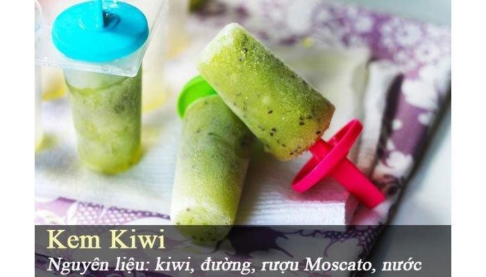 Làm kem kiwi bằng máy xay sinh tố