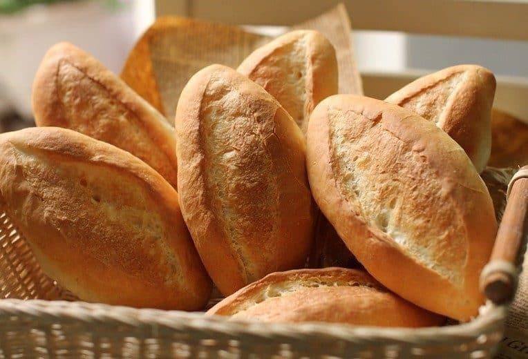 Cách làm bánh mì mini bằng nồi chiên không dầu