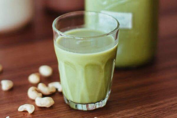 Cách làm sữa hạt điều, dừa non và đậu xanh