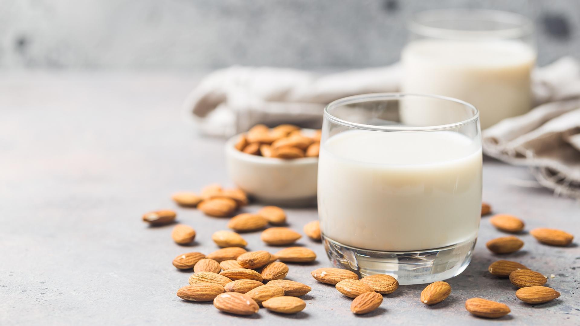 Cách làm sữa hạt hạnh nhân