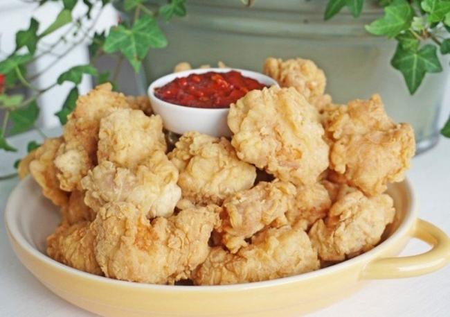 Hoàn thành và thưởng thức gà rán Popcorn KFC