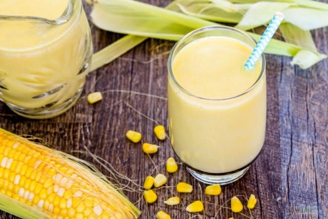 Cách làm sữa ngô bằng máy xay sinh tố làm ra ly sữa mát lạnh thơm ngon