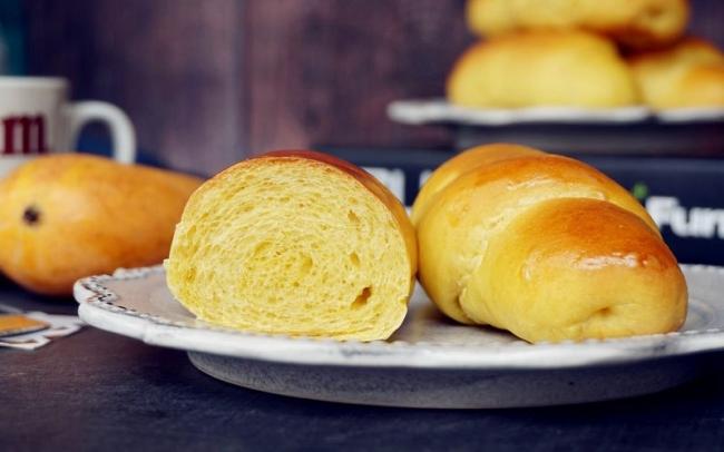 Bánh mì xoài mềm ngọt thơm lừng đơn giản, dễ làm