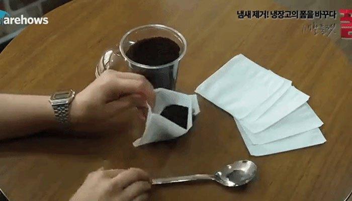 Khử mùi tủ lạnh bằng cà phê