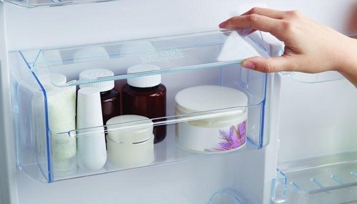 Bỏ mỹ phẩm vào tủ lạnh để bảo quản
