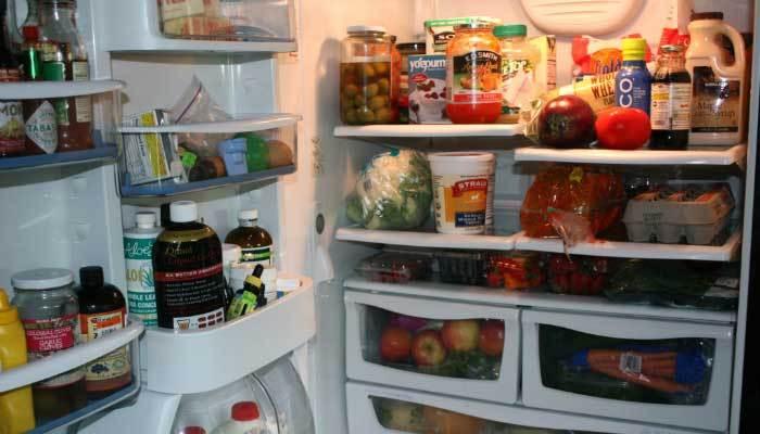 """Tủ lạnh sẽ bị """"đuối sức"""" không thể làm đá được nếu bạn chứa quá nhiều thức ăn"""