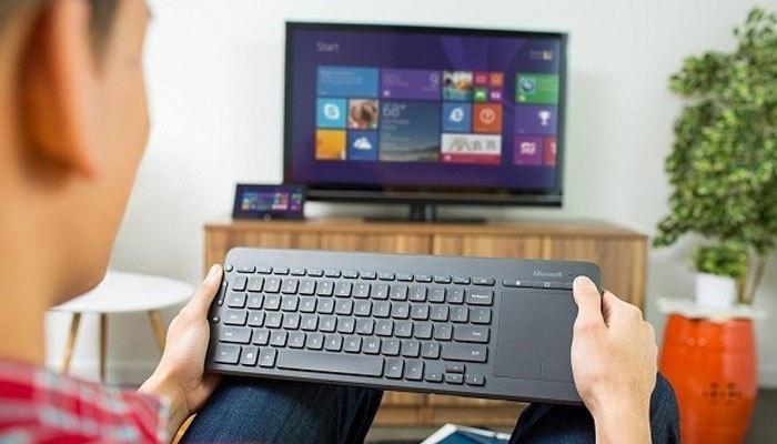 Bạn nên mua chuột và bàn phím chính hãng, tại nơi uy tín để sử dụng được tốt với tivi