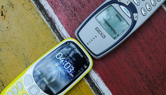 Điện thoại Nokia 3310 2017 màn hình phủ lớp chống chói