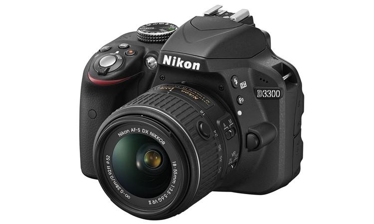Nikon D3300 nhỏ gọn, tiết kiệm