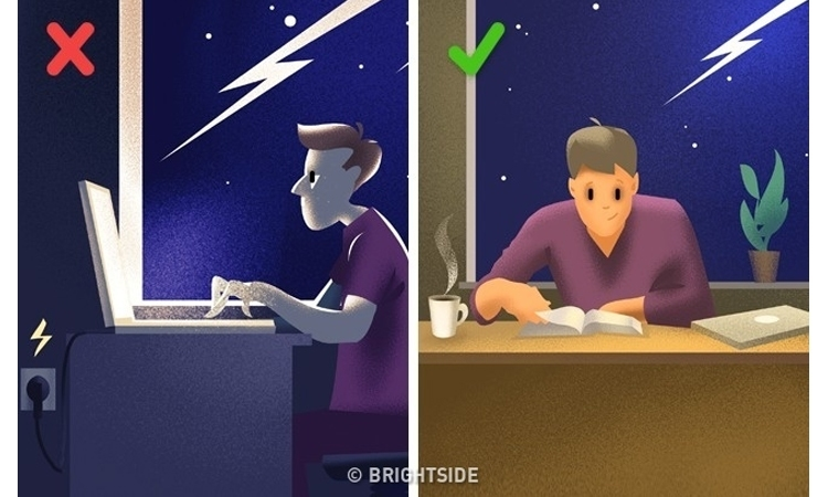 Tuyệt đối đừng sử dụng máy tính khi sấm chớp.