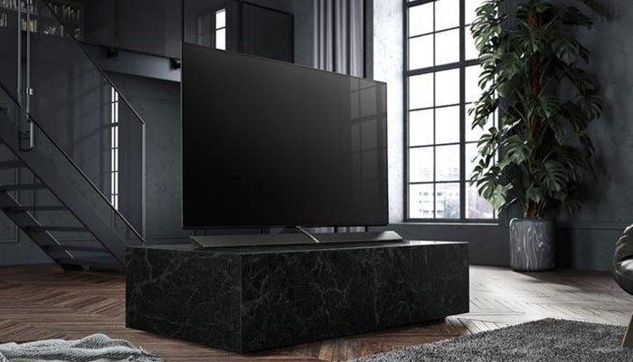 Tivi OLED Panasonic EZ1000 có kích thước 77 inch