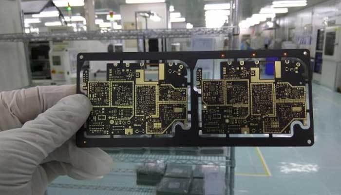 Mạch của điện thoại BPhone 2
