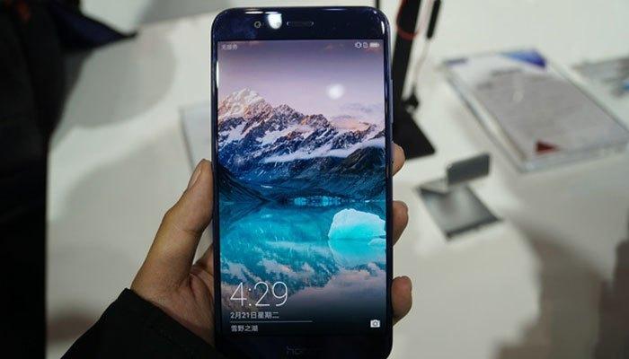 Điện thoại Huawei Honor V9 có nhiều phiên bản RAM và bộ nhớ
