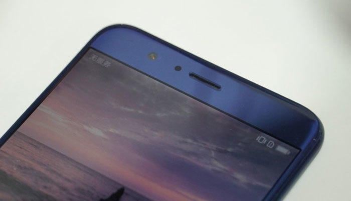 Điện thoại Huawei Honor V9 camera trước 8MP