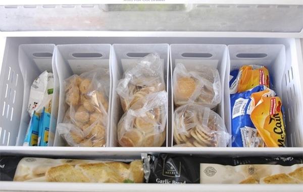 Ngăn đá tủ lạnh cũng cần sắp xếp gọn gàng