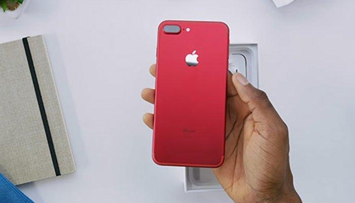 iPhone 7 màu đỏ của Apple chỉ có 2 phiên bản 128GB và 256GB