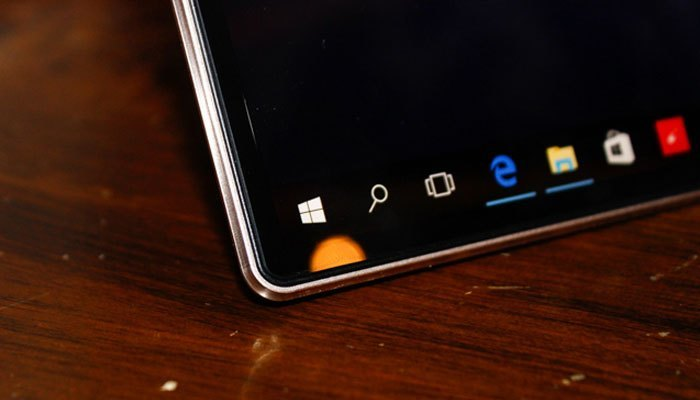 Màu sắc màn hình laptop Lenovo Yoga 910 có độ chính xác cao