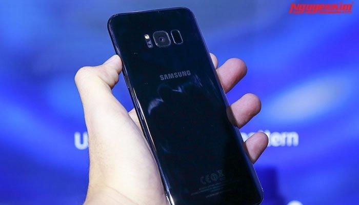 Mặt lưng điện thoại Galaxy S8