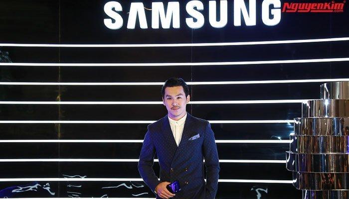 Các nghệ sĩ đến để trải nghiệm điện thoại Galaxy S8