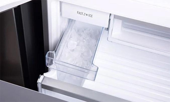 Tủ lạnh Electrolux Inverter 250 lít EBB2802H-H làm đá nhanh