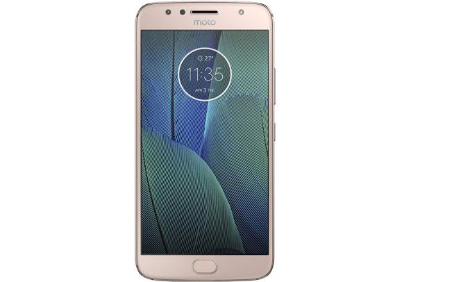Điện thoại Motorola G5S Plus Vàng (XT1805) hiệu năng hoạt động tốt