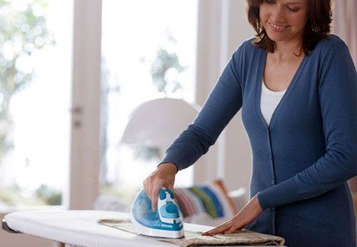 Cách dùng bàn ủi hơi nước hợp lý