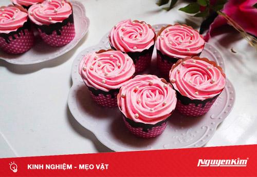 Trổ tài làm cupcake đẹp lộng lẫy, ngon khó cưỡng đãi cả nhà