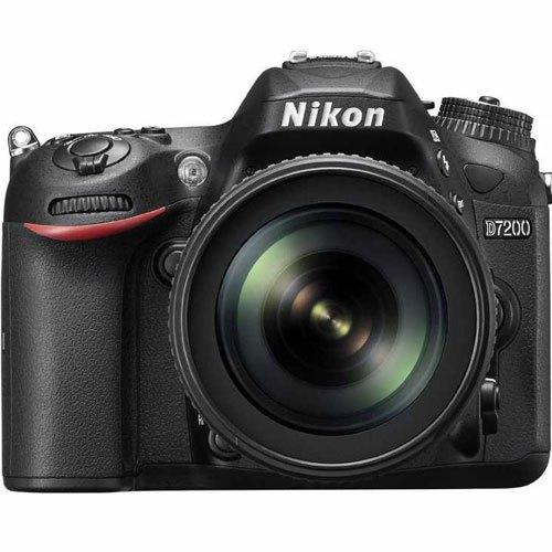 Có nên mua máy ảnh chuyên nghiệp Nikon D7200 ống kính 18-200 VR