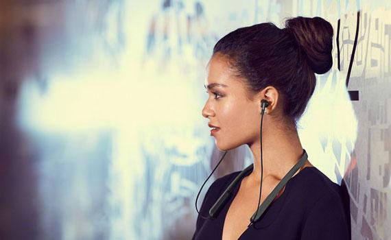 Tai nghe Sony MDR-XB70BTBZE màu đen âm thanh mạnh mẽ sống động