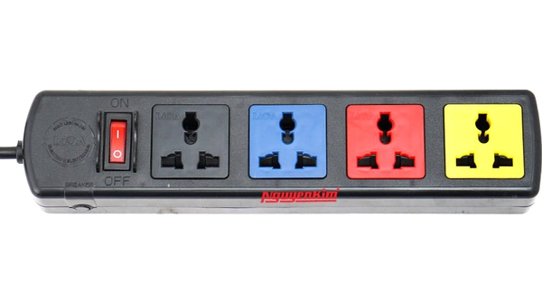 Ổ Lioa 4D có nắp che dây 3mx2 - 4D32Ncó 4ổ cắm 3 chấu sử dụng tiện lợi