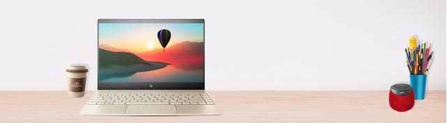 Laptop HP Envy 13 AD160TU - 3MR77PA mặt trước