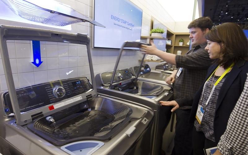 Khi mua sắm máy giặt bạn nên lưu ý nơi sản xuất của thiết bị